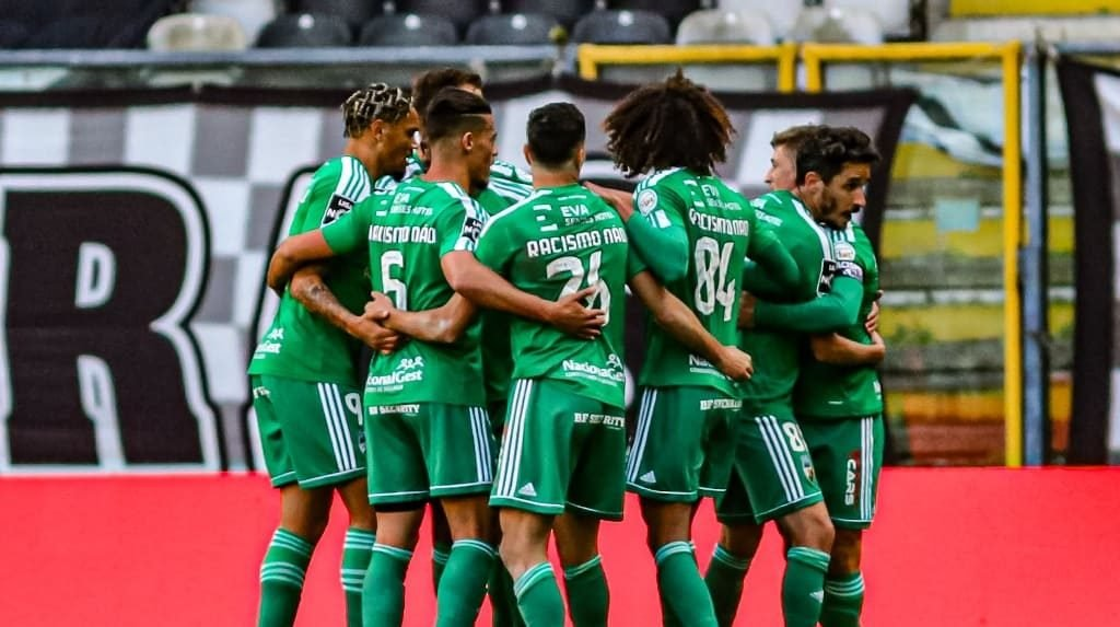 Farense wins at Bessa and leaves the relegation zone